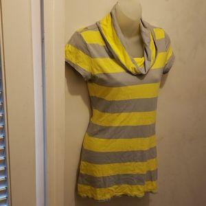Ladies small Express shirt